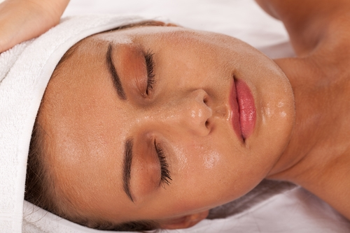 All Facials include an Aromatherapy Face, Scalp, Neck and Upper Shoulder Massage