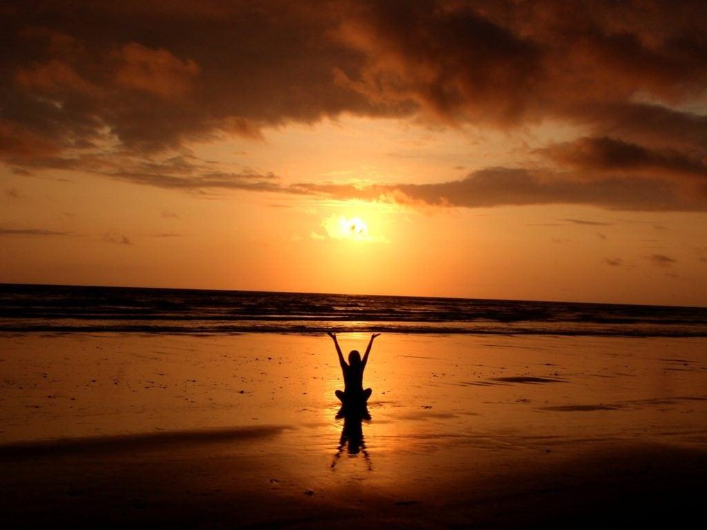beach andrea bond therapies